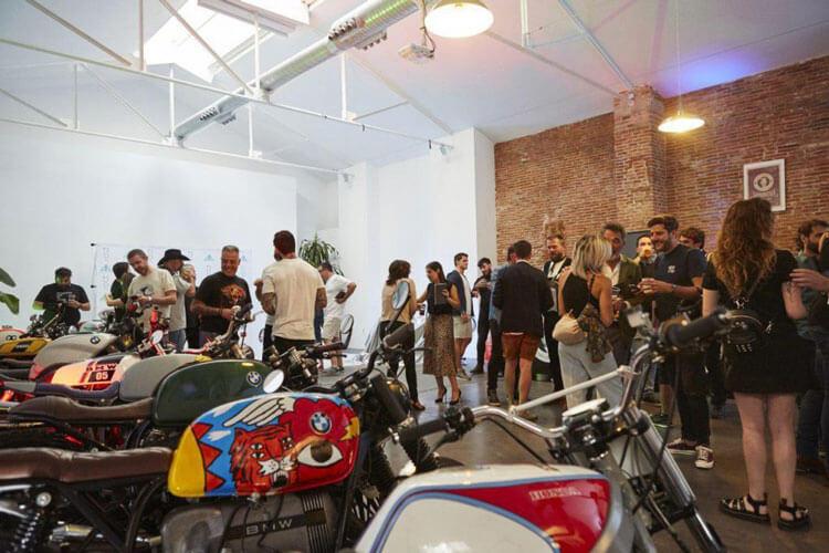 Presentación de motos Chamberí